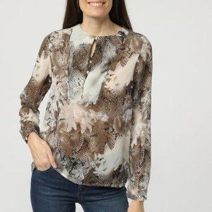 Blusa estampada con capas